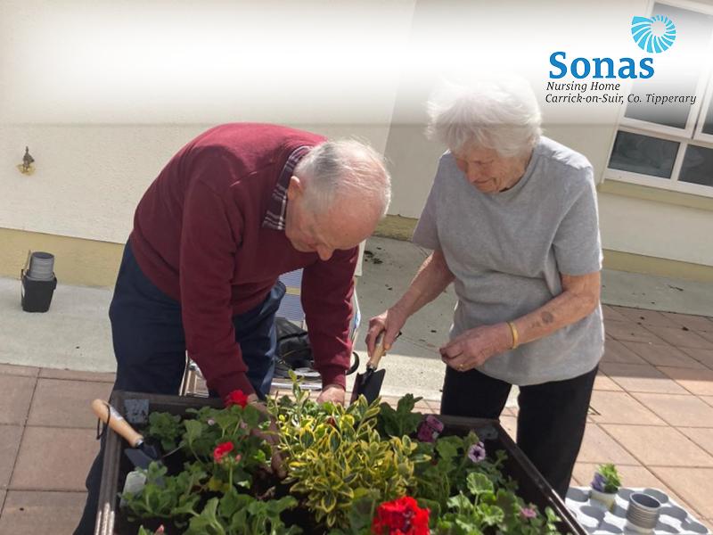 Sonas Nursing Home Carrick-on-Suir Bealtaine Blooms